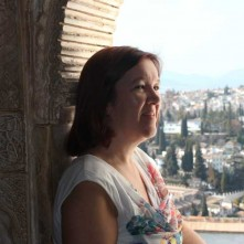 claire_ridgway_at_the_alhambra